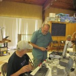 Jim, N5IB, and David, W5XU, set up the K2 for logging and keying.